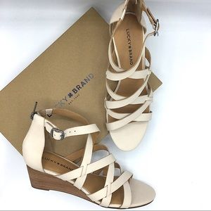 Lucky Brand NEW Cream Leather Wedges Jewelia 10M
